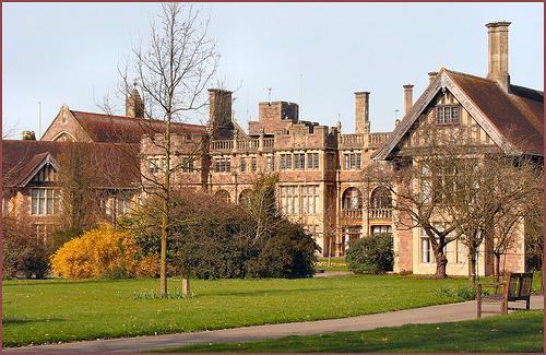 Du học Anh: Trường nội trú BADMINTON