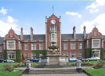 Du học Anh: Trường nội trú ROYAL WOLVERHAMPTON