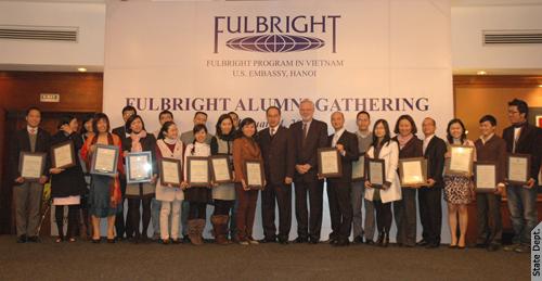 fulbright 20ann 500 Học bổng du học Mỹ thạc sĩ toàn phần Fulbright 2015   2016