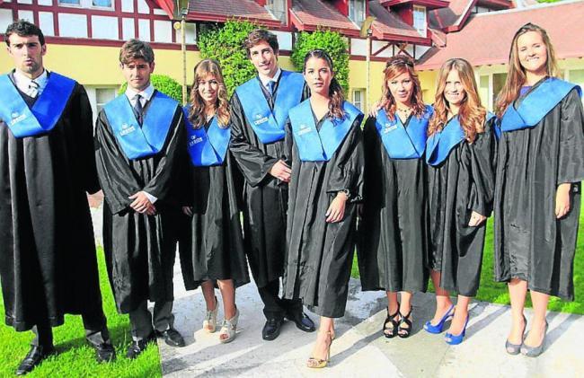 Tốt nghiệp lớp 12 tại Mỹ, con đường rộng mở cho các du học sinh