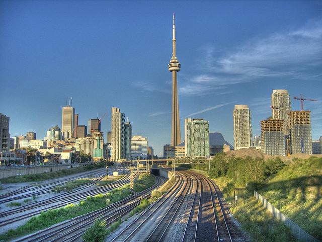 Toronto – Điểm đến lí tưởng cho du học sinh Việt với Top trường Visa ưu tiên
