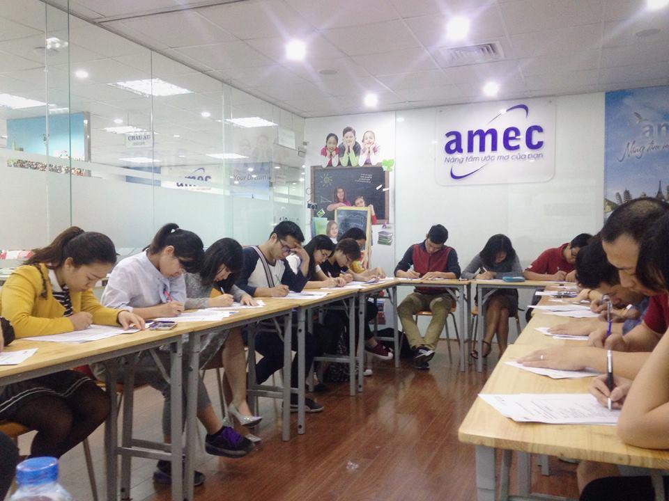Sự kiện hàng tuần thi thử IELTS tại AMEC