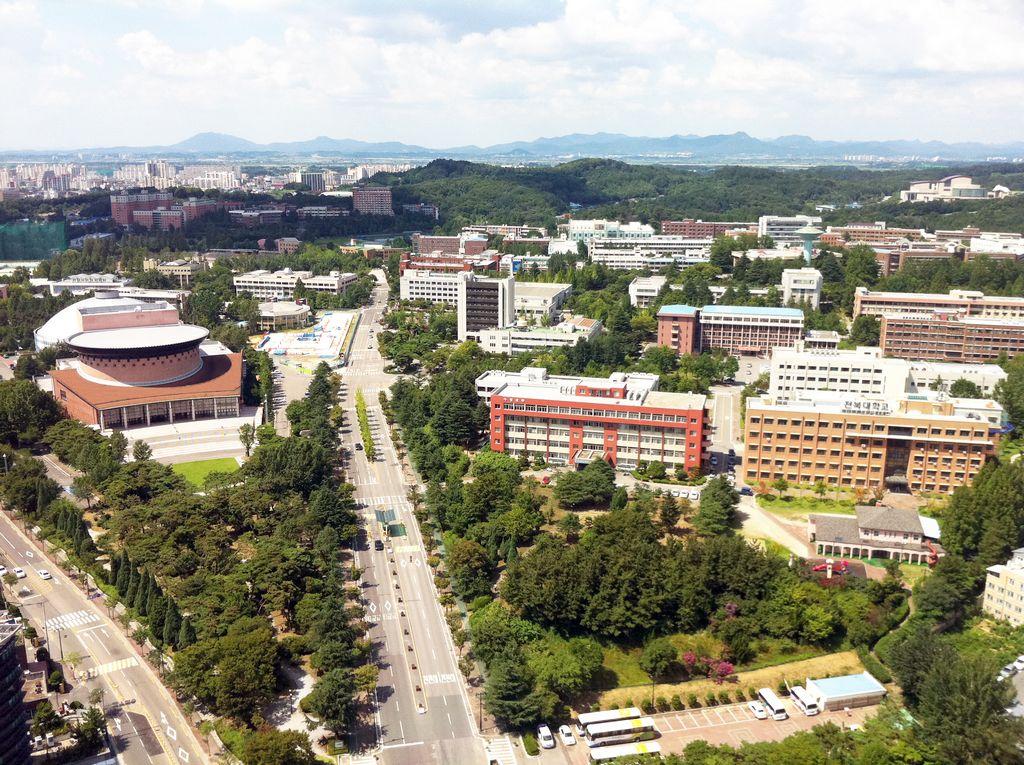 Ngày hội du học Hàn Quốc nhận ngay phần quà hấp dẫn với đại học Chonbuk