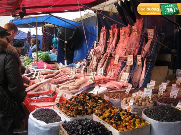 Du học sinh Việt ở Nga đi chợ như thế nào?