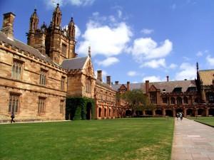 Thông tin cần biết về học phí du học Úc