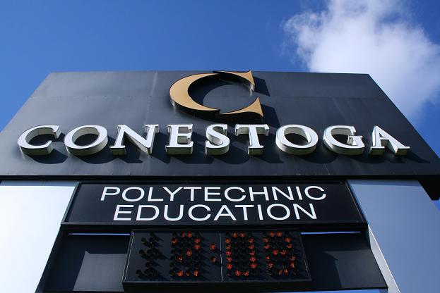 Cao đẳng Conestoga trường đào tạo về khoa học kỹ thuật Canada