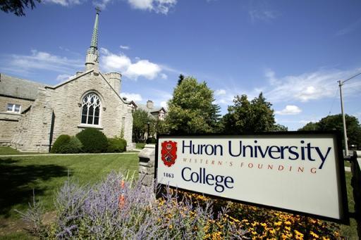 Du học Canada tại trường đại học Huron