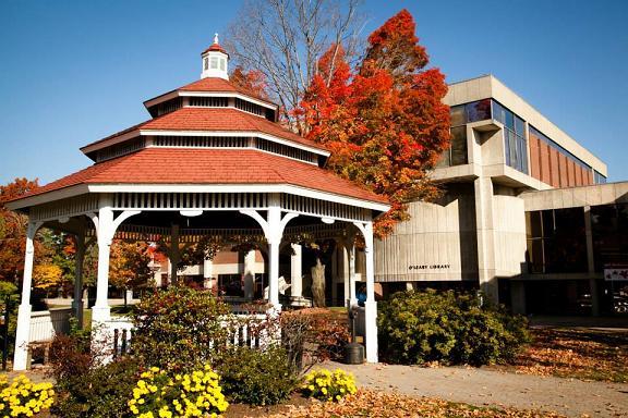 Thư viện tại trường đại học Umass Lowell