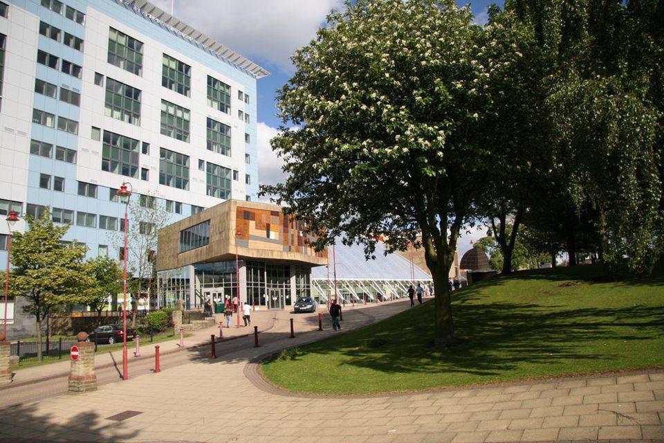 Học bổng du học Anh năm 2014 lên đến 50% tại ĐH.Bradford