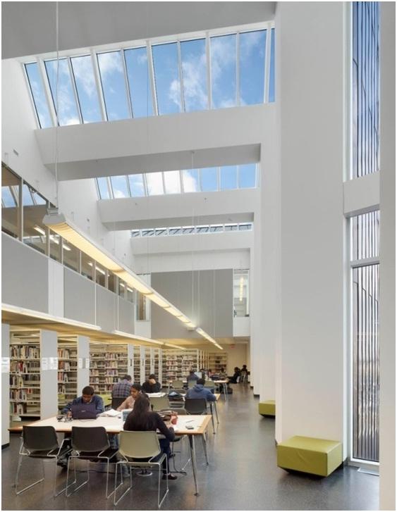 Thư viện hiện đại của Centennial College.