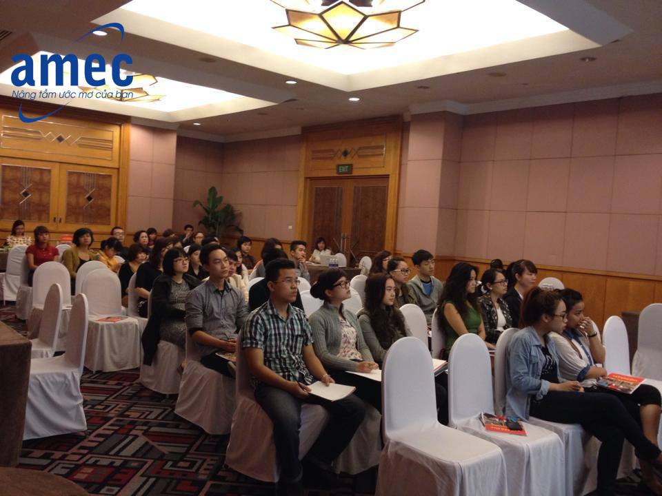 Hình ảnh buổi hội thảo du hoc Tây Ban Nha tổ chức tại khách sạn Melia