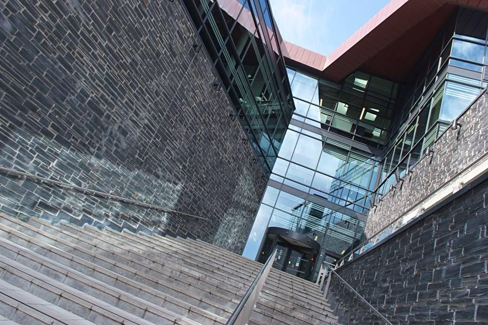 1 góc kiến trúc tại đại học Plymouth