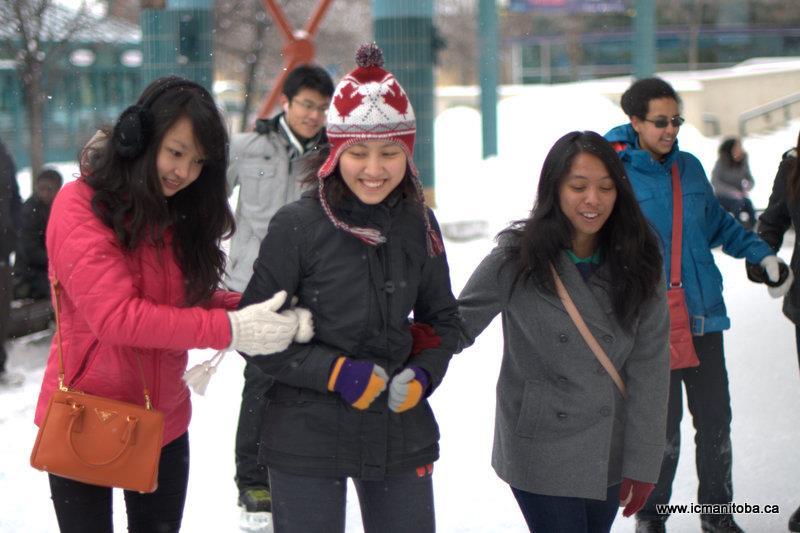 Các bạn sinh viên VN tại đại học Manitoba