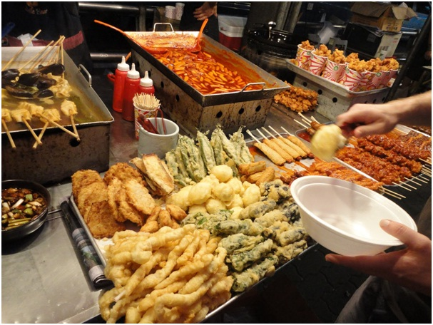 Những món ăn đường phố bình dân, bắt mắt và ngon miệng