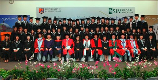 sim-main-graduation-Cropped-505x257