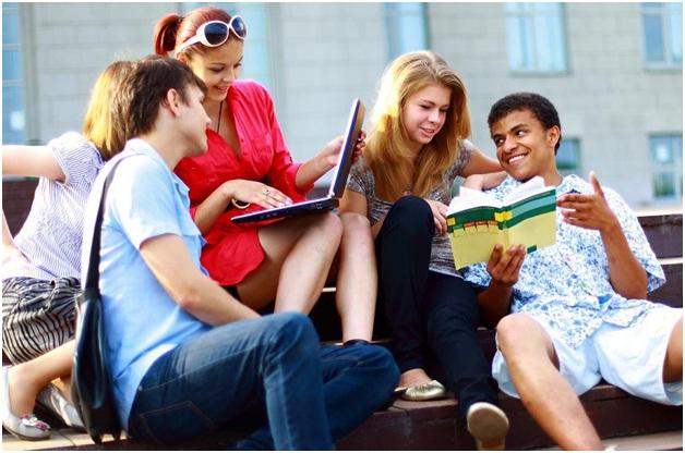 """Du học Úc và nỗi niềm """"ngại giao tiếp"""" của du học sinh Việt"""