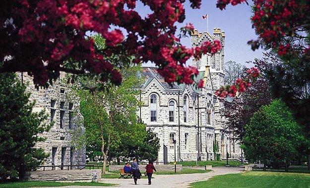 Braemar College Toronto–Bước đệm ghi danh vào ĐH danh tiếng