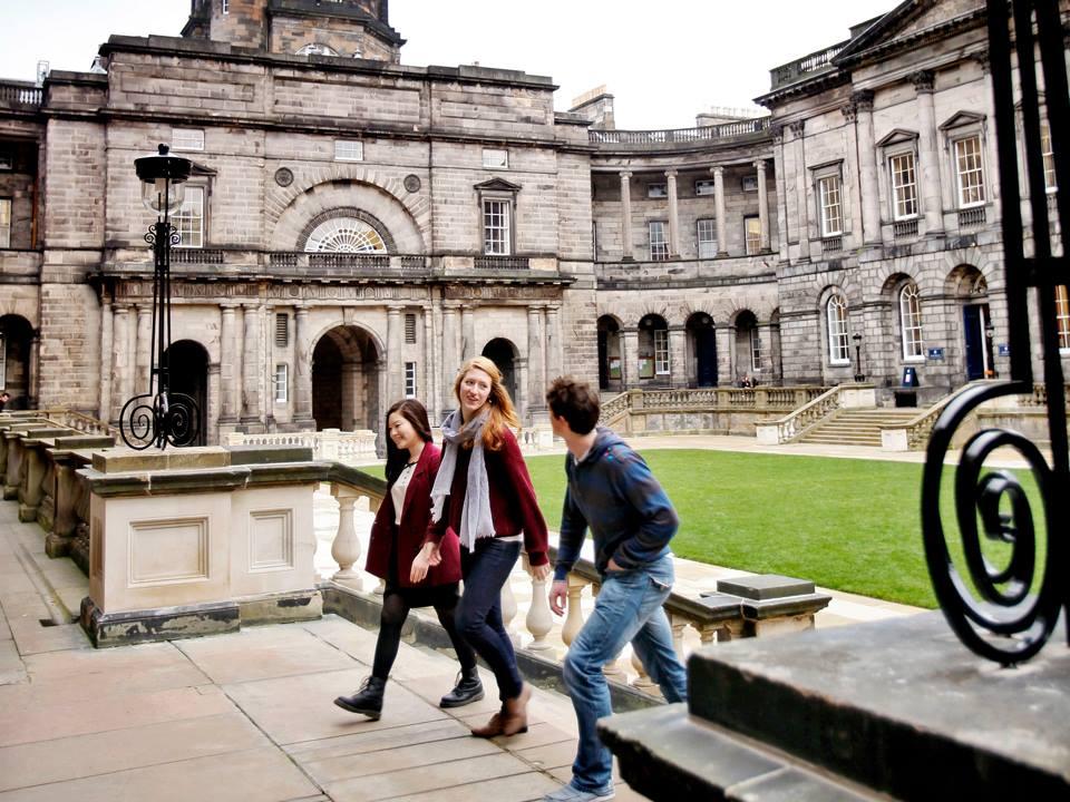 Học bổng thạc sỹ Anh tại đại học Edinburgh