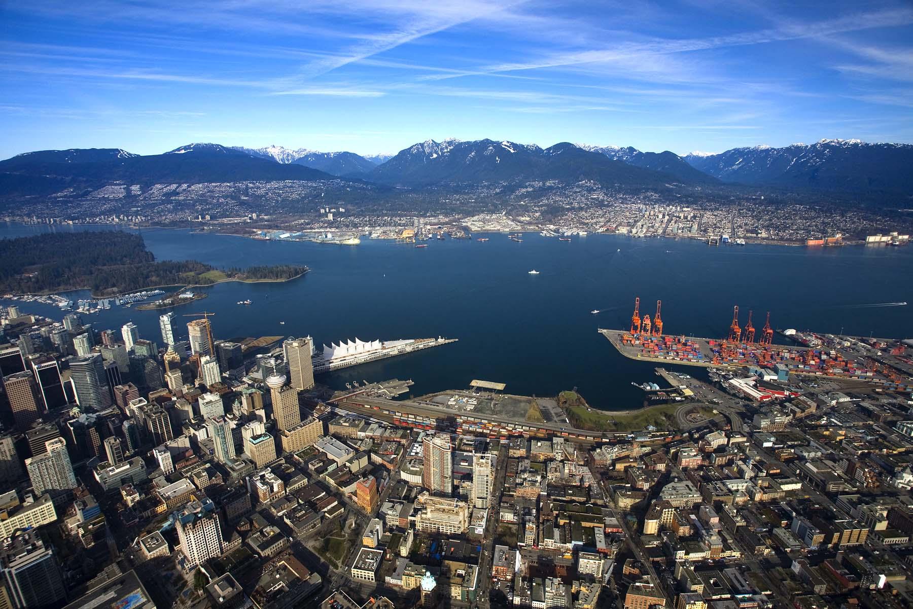 Vùng Metro Vancouver xinh đẹp và hiện đại nhìn từ trên cao