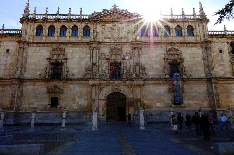Universidad_de_Alcalá_de_Henares_01