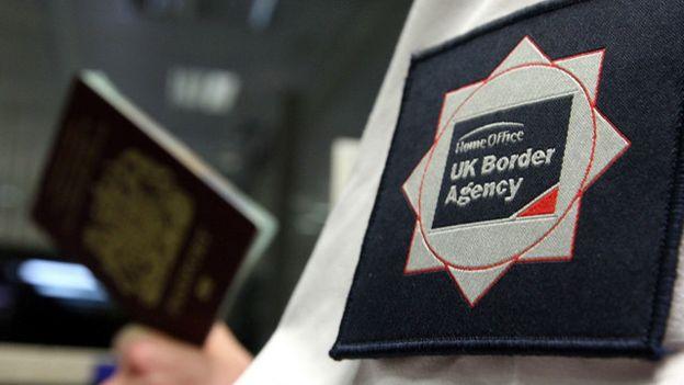 Anh Quốc tăng cường kiểm soát luồng người nhập cư