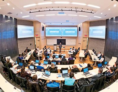 1 buổi học tại đại học HEC Montréal