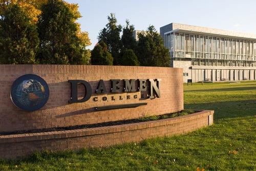 Nhận học bổng Mỹ với Deamen College