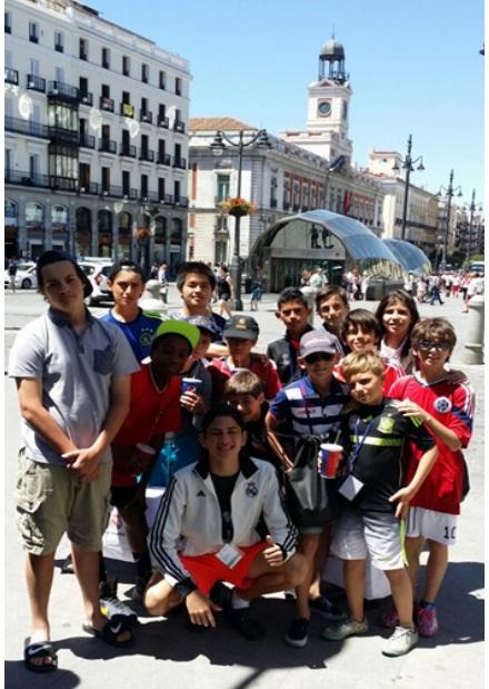 Các bạn học sinh trải nghiệm chương trình summer camp Tây Ban Nha