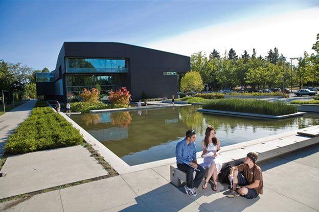 Top 2 trường cao đẳng danh giá tại Canada « AMEC