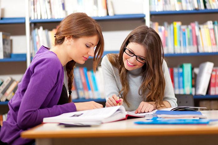 Điểm trung bình tốt nghiệp (GPA) bao nhiêu sẽ được học bổng?