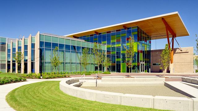 Kĩ thuật tại Canada phải học Đại học Bách Khoa Kwantlen