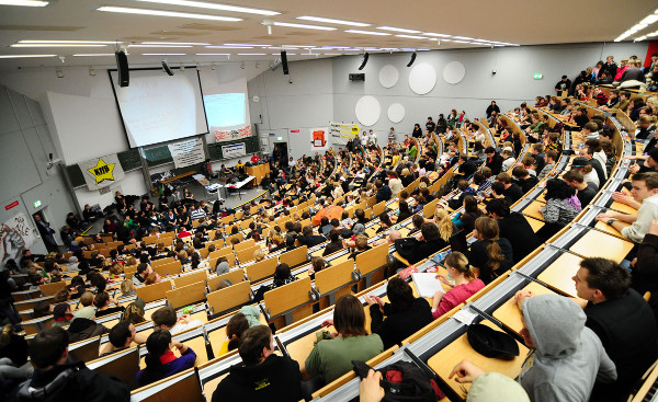 Thi thử TestAs tại AMEC Hồ Chí Minh – thử bản lĩnh du học Đức