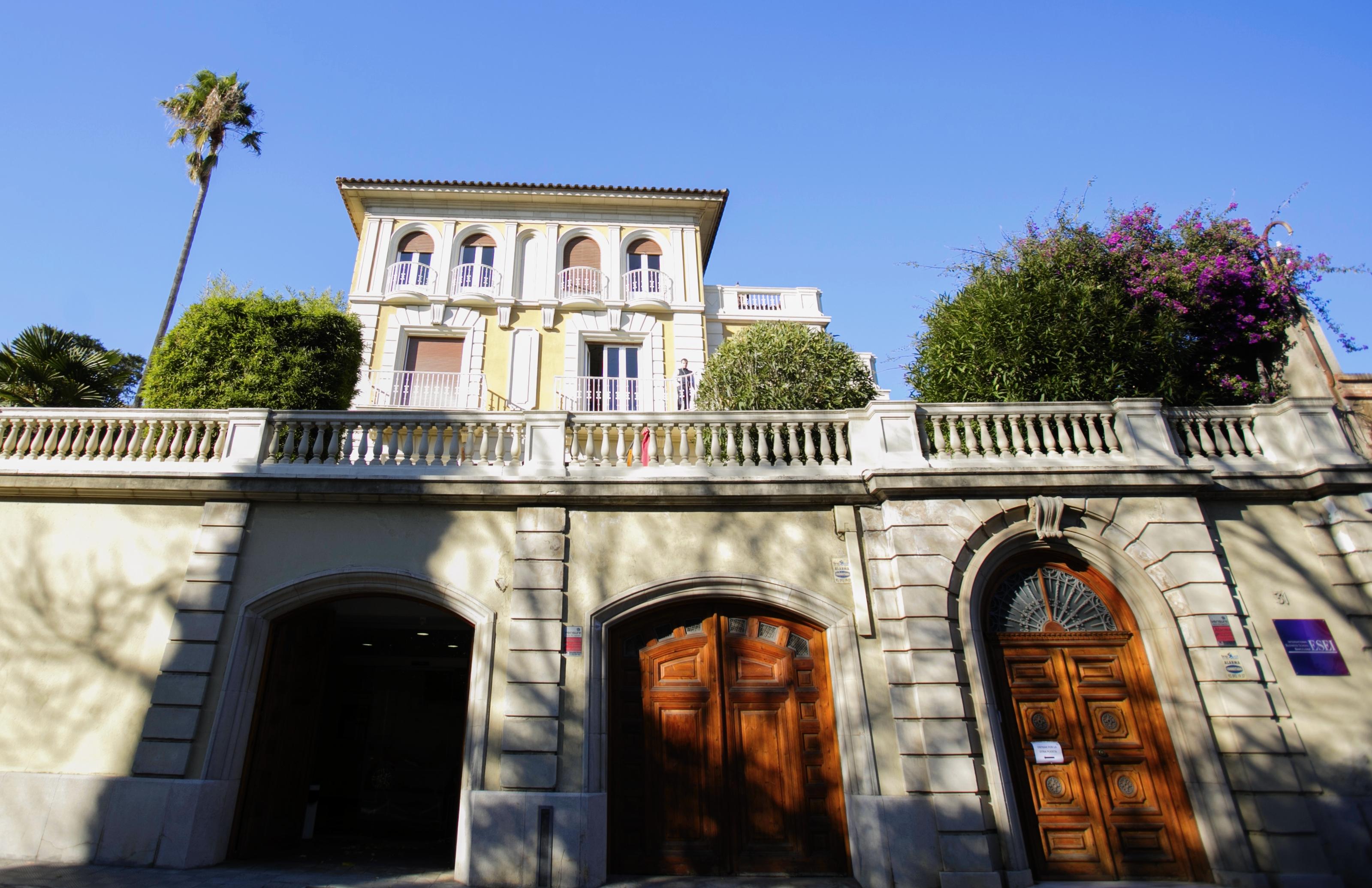 Học bổng đáng được mong đợi nhất học bổng tiếng tại Tây Ban Nha