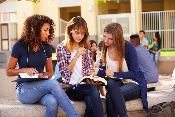 Chọn trường, chọn ngành để du học Đức trở nên dễ dàng?