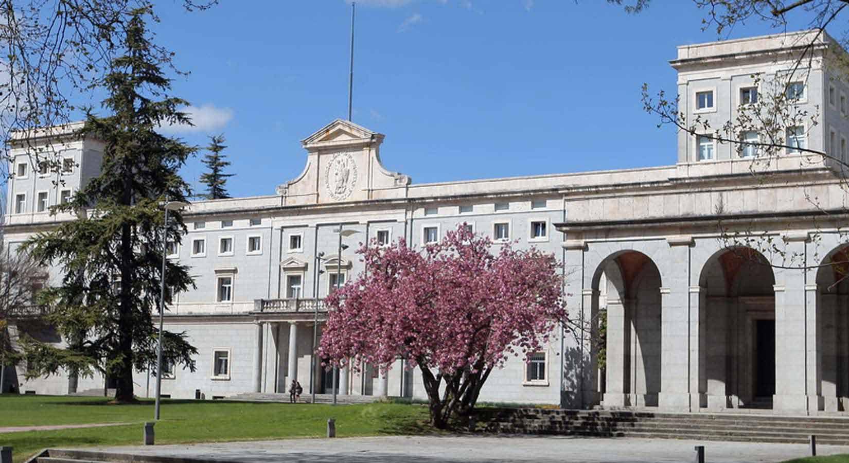Bảng xếp hạng các trường quản trị kinh doanh tại Tây Ban Nha