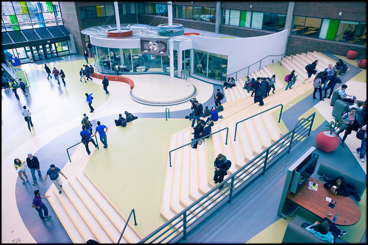 Cao đẳng Douglas – Top 86 trường tốt nhất Canada 2017