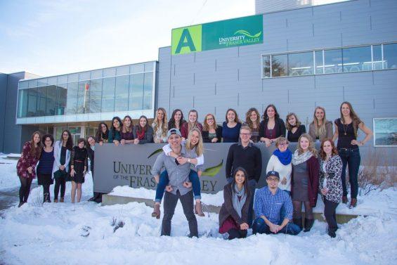 Học tại Đại học Fraser Valley để được thực tập tại Blackberry, Boeing Canada, Deloitte, KPMG,…