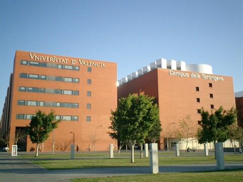 Đại học Valencia – Top 5 Đại học Tốt nhất & Rẻ nhất tại TBN