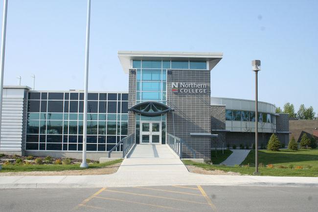 Du học Canada tại Northern College dễ dàng với Visa ưu tiên