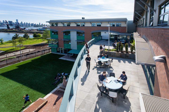 Học phí tại trường Trung học Bodwell – Vancouver, Canada