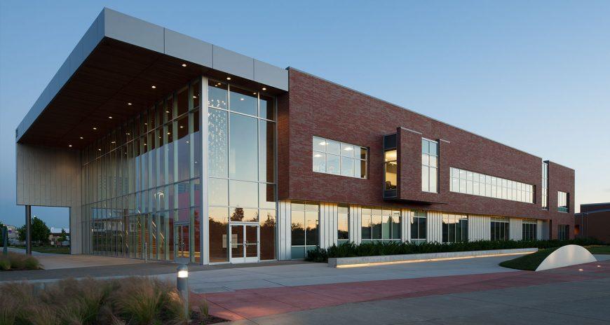 Cao đẳng Kỹ thuật Clover Park cực hiện đại tại Washington