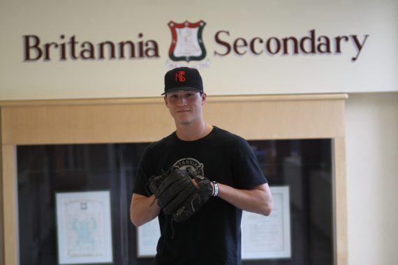 Học tại THPT Britannia, Canada – Nhận bằng Tú tài Quốc tế