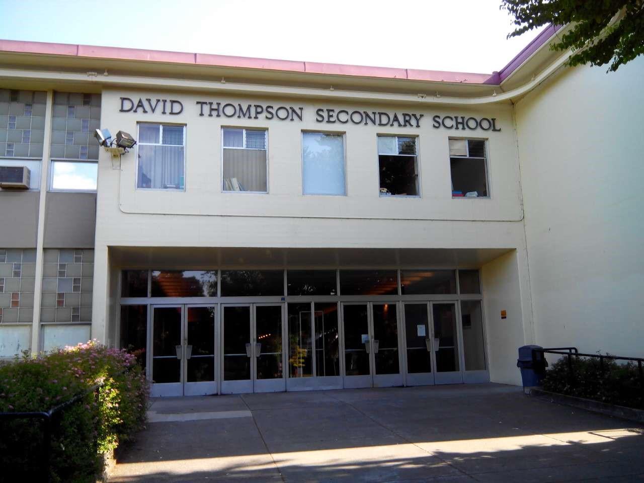 Trung học David Thompson – trường THPT xuất sắc tại Canada