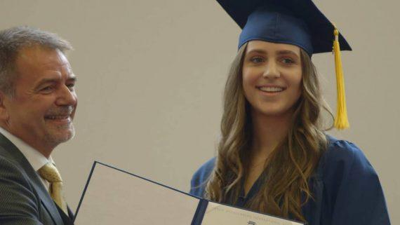 Lễ tốt nghiệp tại BBIS