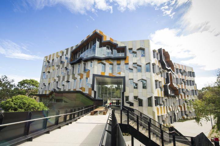 Đại học La Trobe, Úc với học bổng lên đến 50% cho toàn bộ khóa học